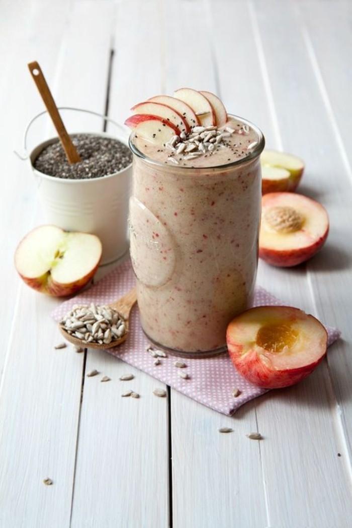 smoothie-ideal-pour-hiver-recette-de-smoothie-aux-pommes-et-graines-de-chia