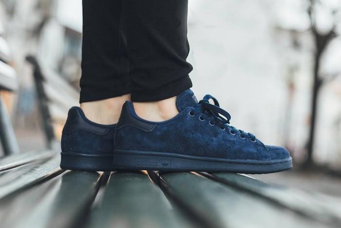 stan-smith-bleu-adidas-chaussures-homme-bleu-suede-cuir