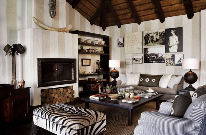 stickers-afrique-plafond-de-bois-cornes-photos-livres-lampe-noire-zebre