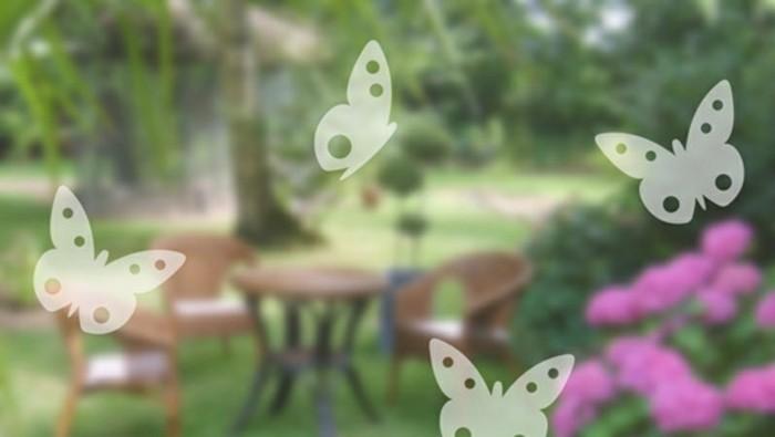 stickers-pour-vitres-papillons-en-vol-a-little-market