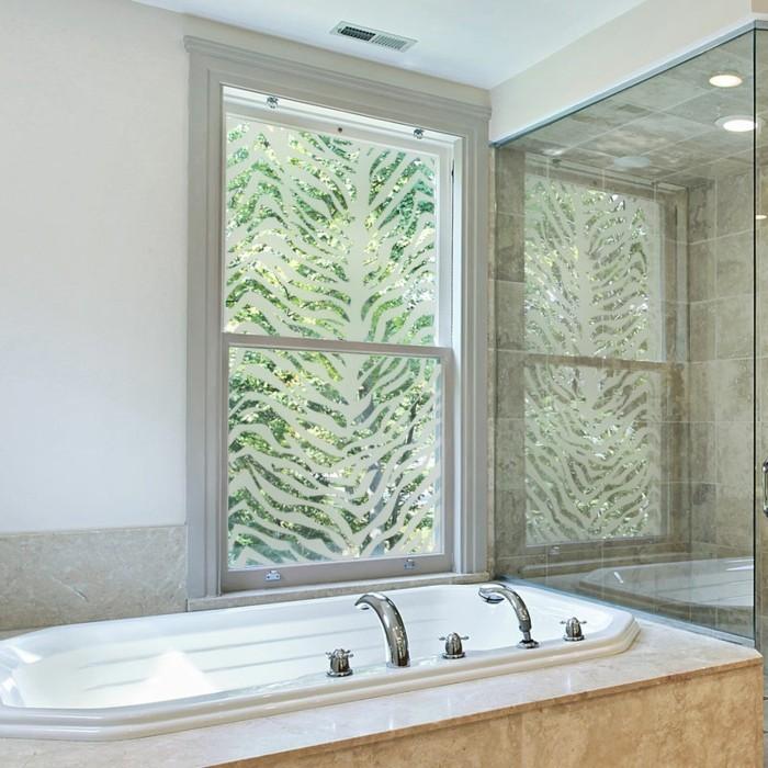 stickers-pour-vitres-salle-de-bain-motifs-zebre-gali-art