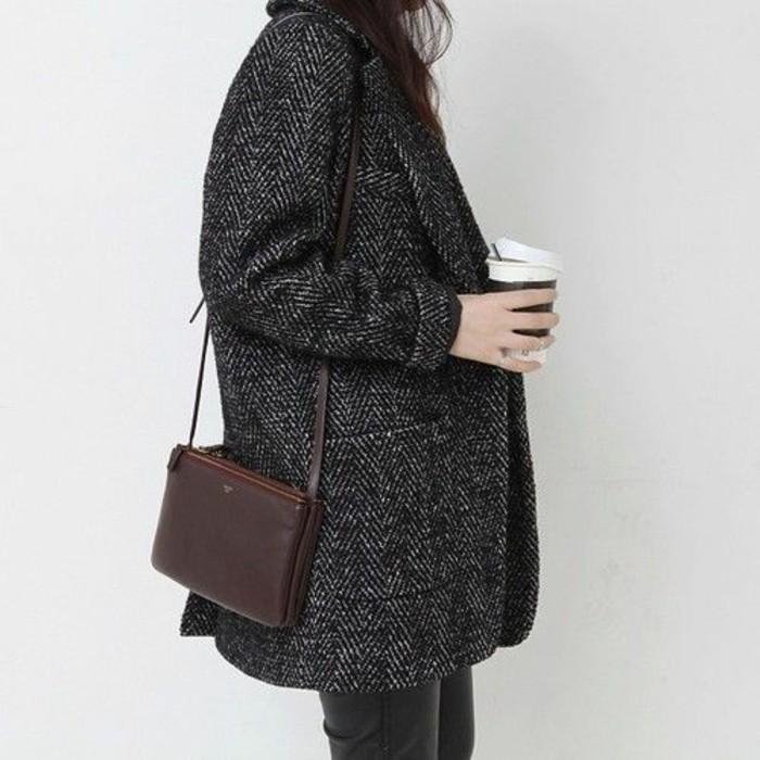 style-casual-manteau-boyfriend-gris-petit-sac-en-cuir