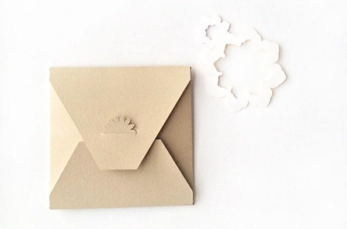systeme-de-fermeture-interessante-enveloppe-origami-a-fabriquer-de-sespropres-mains