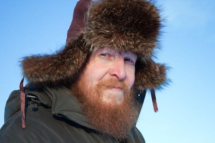 toque-russe-chapka-fourrure-bonnet-armee-russe-siberie