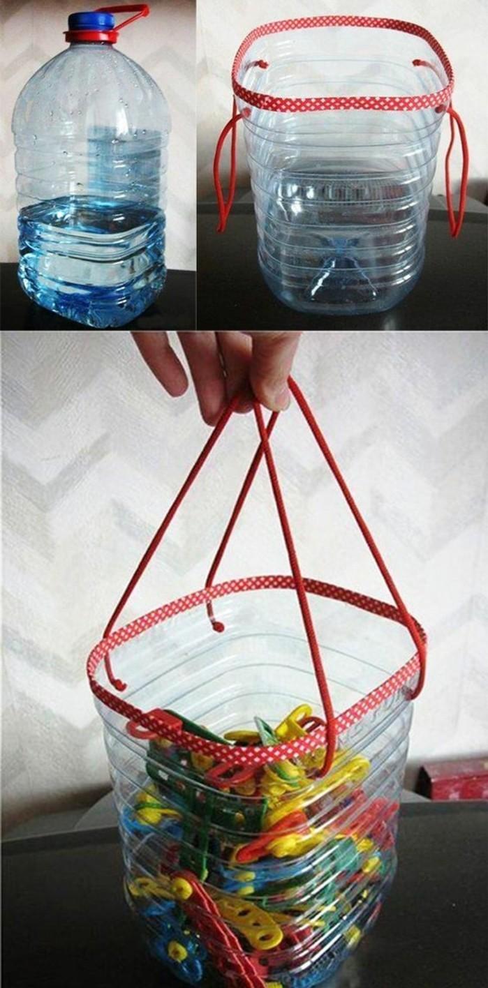 un-coffre-jouets-avec-poignets-fabrique-a-partir-de-bouteilles-en-plastique-recyclage-bouteille-plastique