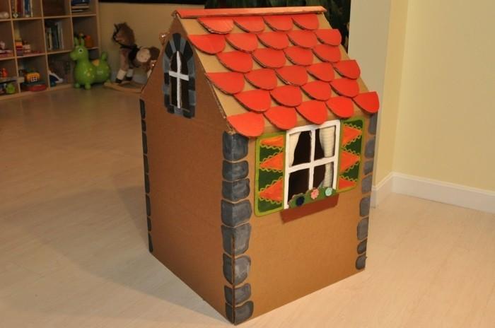 un-modele-superbe-de-cabane-en-carton-un-coin-de-jeu-pour-magnifique-pour-vos-enfants