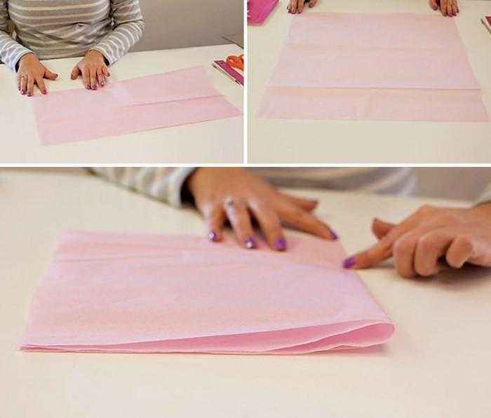 1pliage-du-papier-de-soie-premier-etape-de-la-fabrication-d-une-guirlande-en-papier