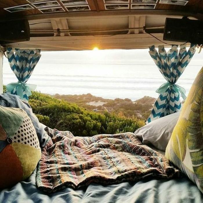 1vivre-en-caravane-vue-stupéfiante-chaque-jour-couchers-de-soleil-inoubliables