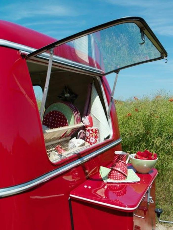 2vivre-en-mobil-home-déco-intérieur-extérieur-en-rouge-inspiration-nature