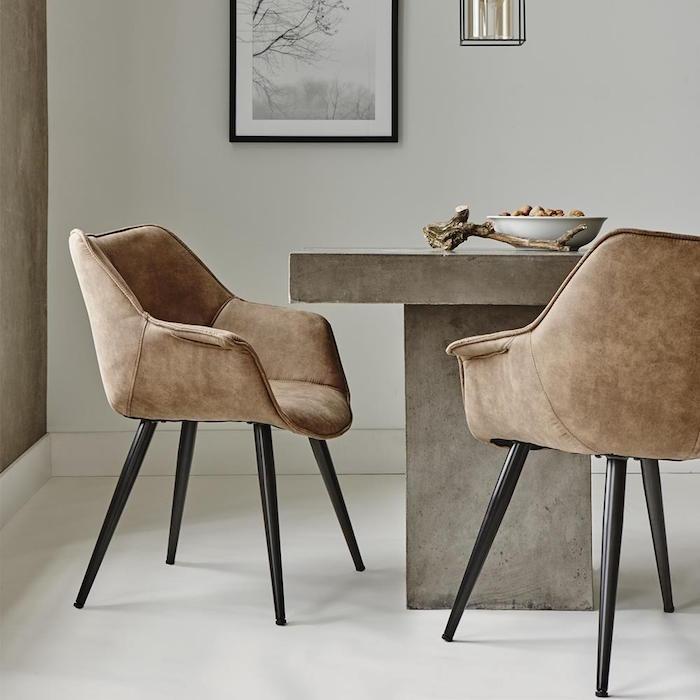 Chaise salle a manger cuir noir for Chaise de salle a manger simili cuir marron