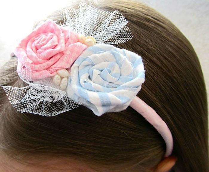 accessoire-cheveux-petite-fille-bandeau-de-tete-décoré-de-fleurs-DIY