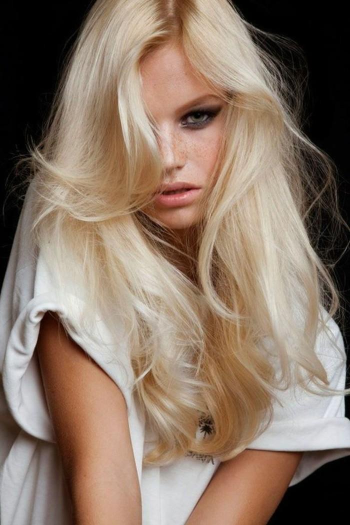 adorable-blond-platine-decoloration-beaute-femme-image