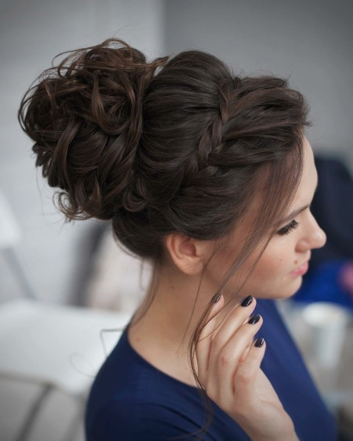 Le chignon coiff d coiff 67 photos qui vont vous - Maquillage simple mais beau ...