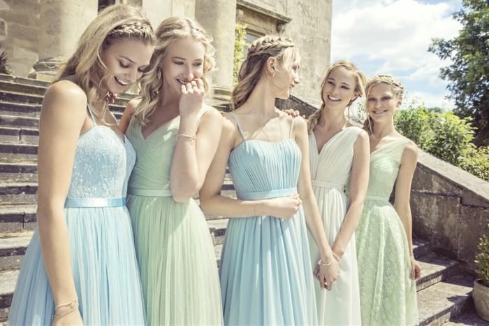 Robe couleur pastel bleu