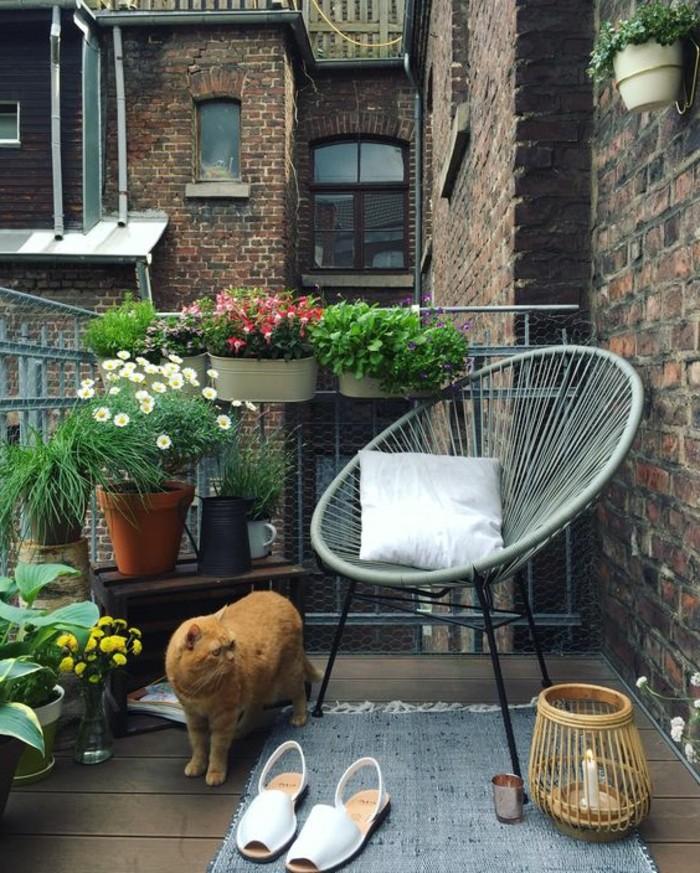 amenager-son-balcon-chaise-originale-pour-lexterieur