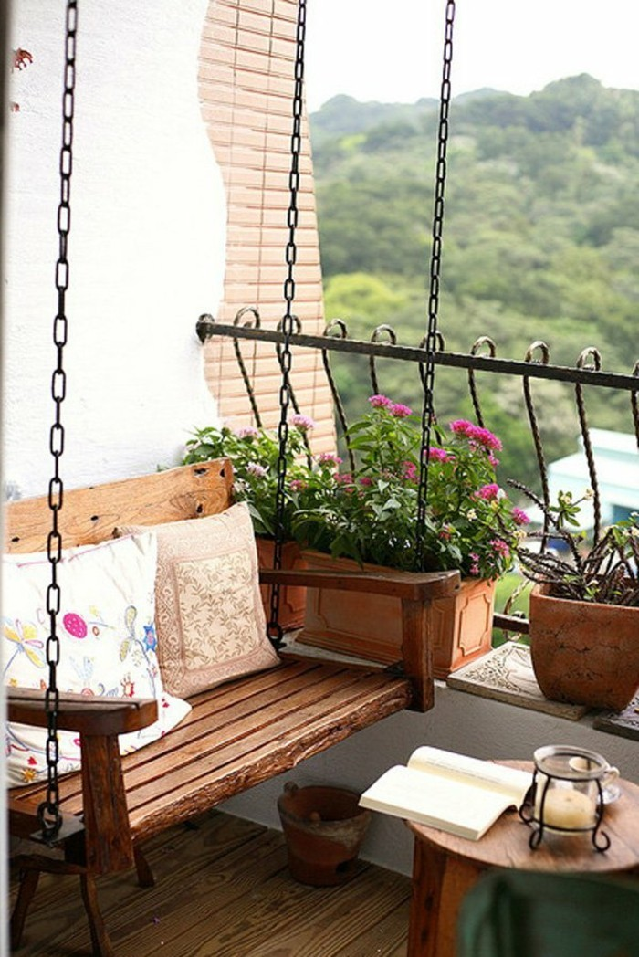 Idees amenager petit balcon meubles plantes accueil - Amenager un balcon ...