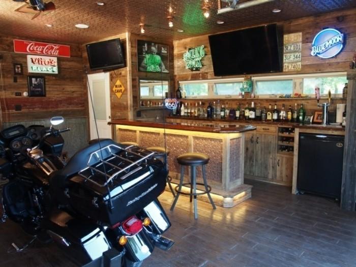amenager-un-garage-en-chambre-bar-moto-espace-prive-pour-soirees-entre-mecs