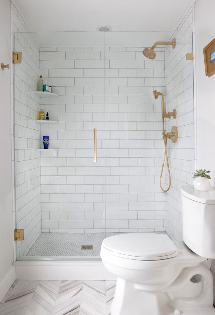Idee amenagement petite salle de bain petite salle de for Amenagement salle de bain petit espace