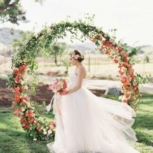 Arche de mariage pour une cérémonie laïque inoubliable - 75 idées de décoration