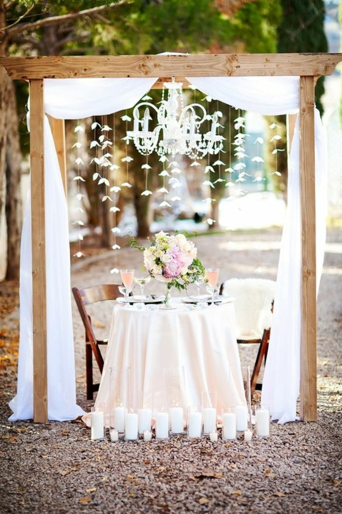 1001 id es pour une arche de mariage romantique et l gante. Black Bedroom Furniture Sets. Home Design Ideas