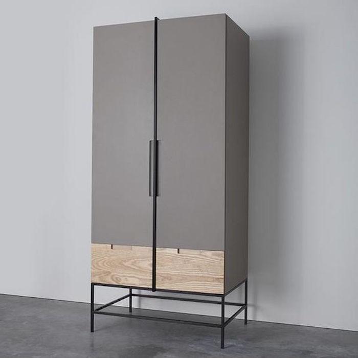 armoire deign sur pieds designer garde robe en bois