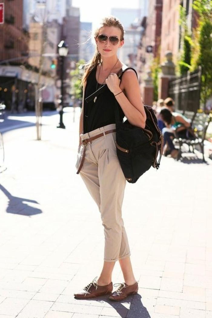 association-couleur-vetement-vision-simple-d'-été-cheveux-attachés