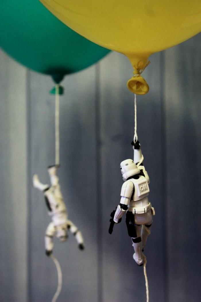 ballons-avec-des-soldats-imprériaux-décoration-anniversaire-star-wars