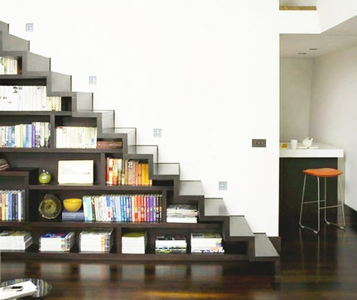 bibliotheque sous escalier bois. Black Bedroom Furniture Sets. Home Design Ideas