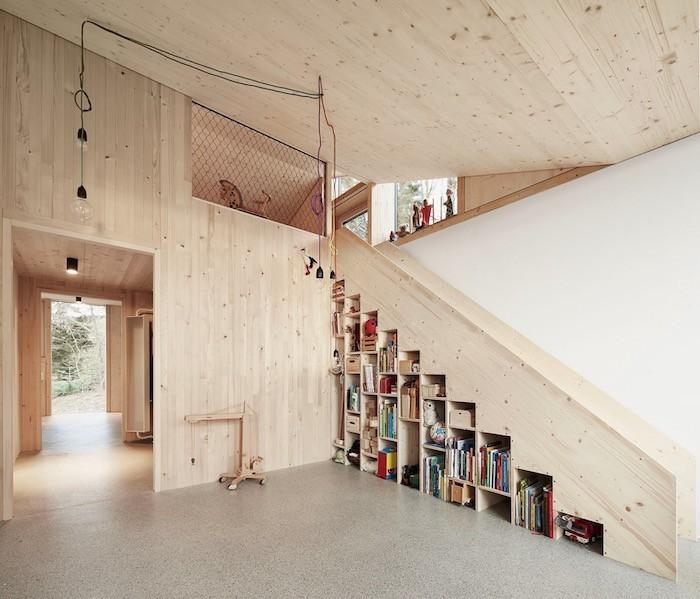 bibliotheque-escalier-meuble-etagere-en-bois-sur-mesure-cube-de-rangement-modulable