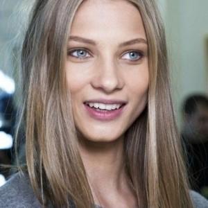 Le blond cendré - la coloration préférée des femmes romantiques