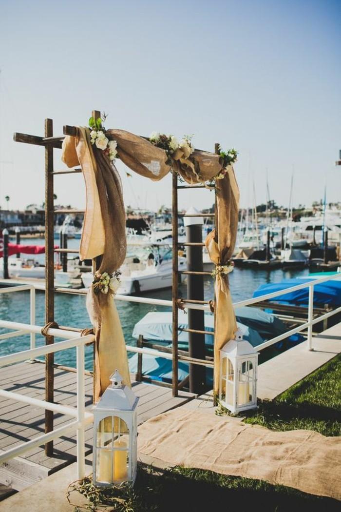 cérémonie-de-mariage-en-mer-arche-mariage-shabby-chic