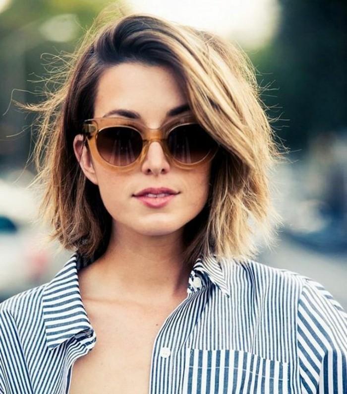 carré-cheveux-ondulés-modèle-coiffure-courte