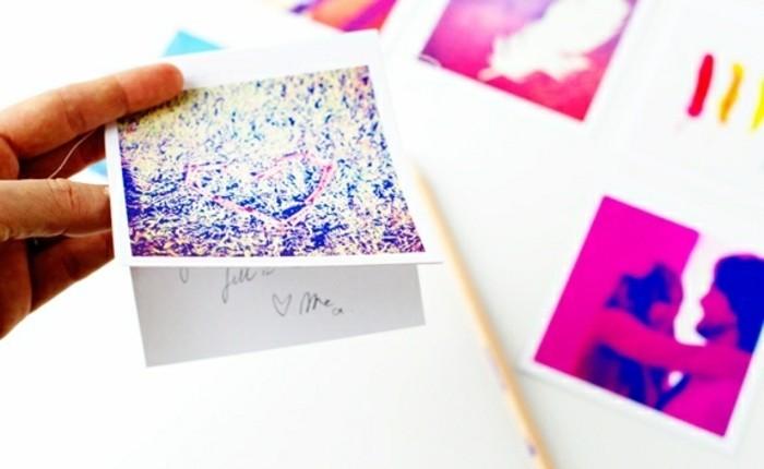 cartes-de-voeux-personnalisées-faites-de-photos-instagram-imprimées-idée-cadeau-pour-sa-meilleure-amie-a-faire-soi-meme