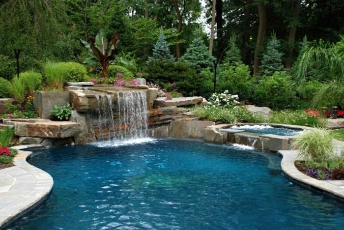 piscine-avec-cascades