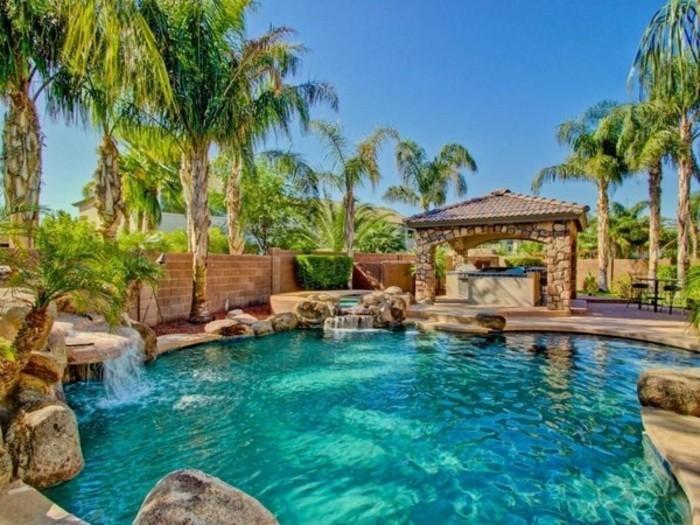 cascade-bassin-paradis-tropical-privé-dans-votre-jardin