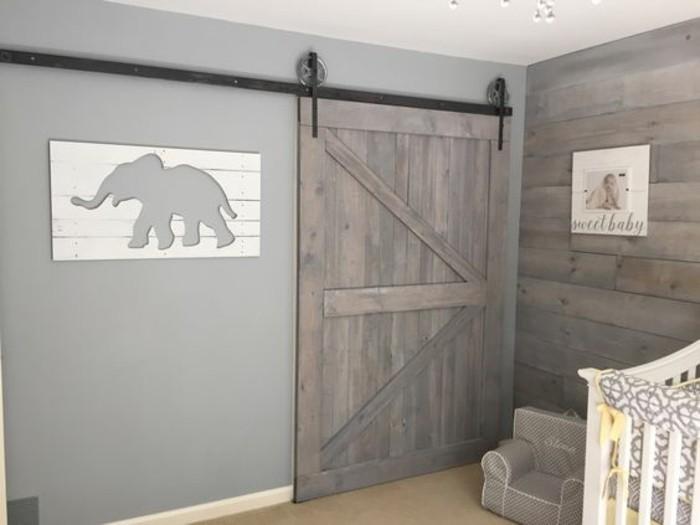 chambre-bébé-intérieur-gris-porte-de-grange-coulissante