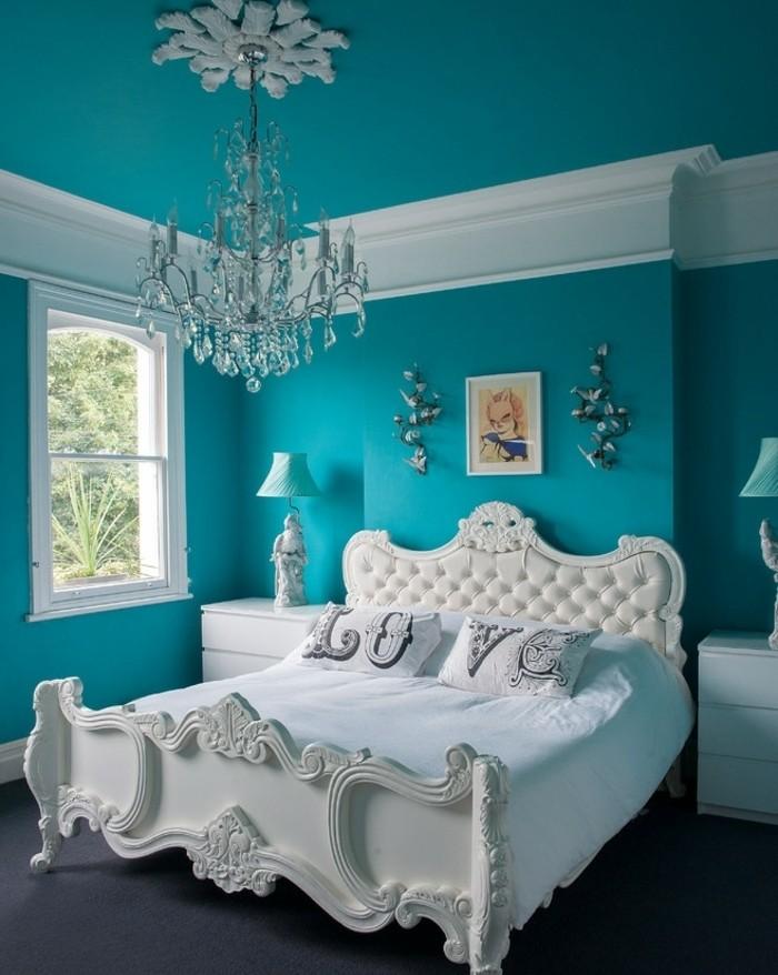 Decoration Chambre Bleu Paon : Idées pour une chambre bleu canard pétrole et paon