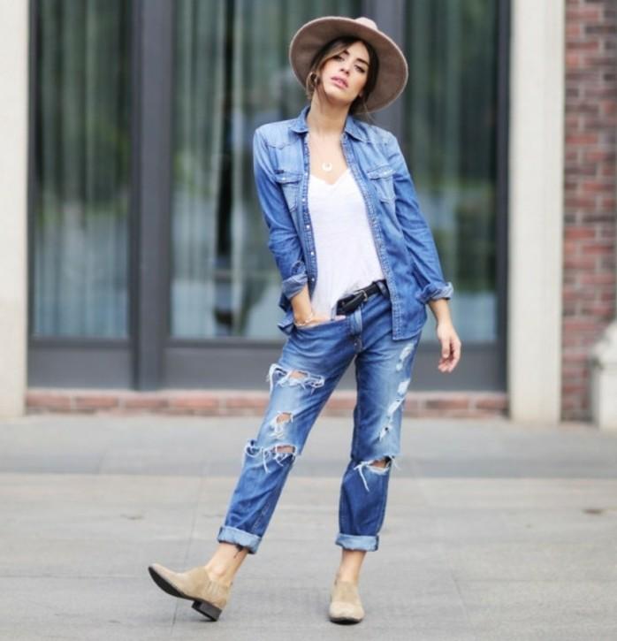 chemise-en-jeans-femme-chapeau-moderne-espadrilles-femme-ceinture-noire