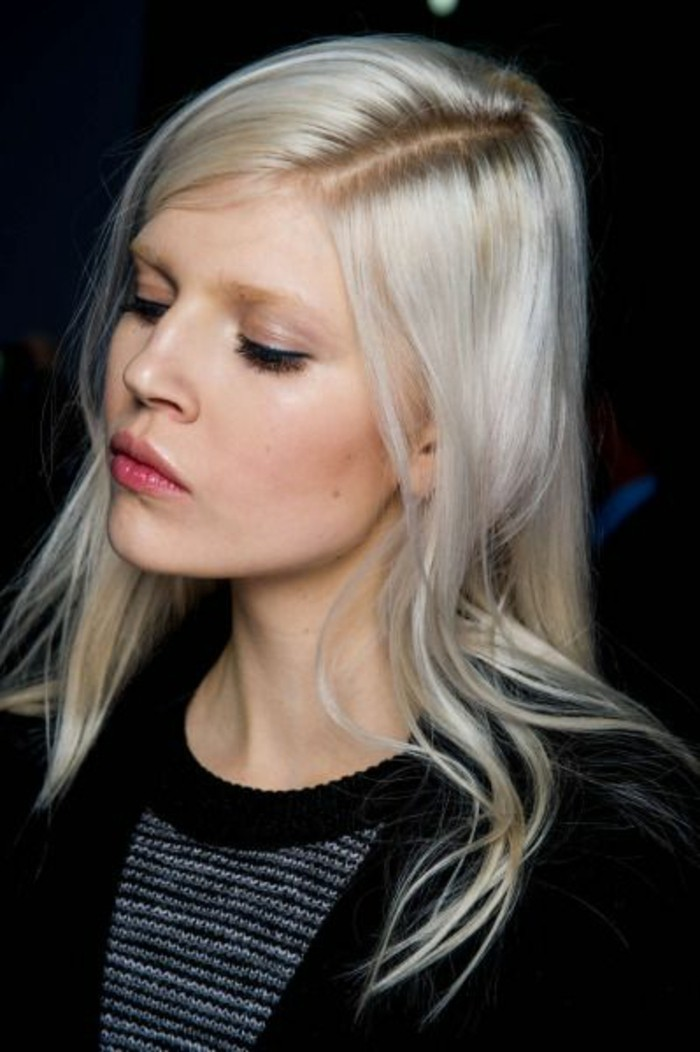 cheveux-couleur-blond-nordique-maquillage-nude