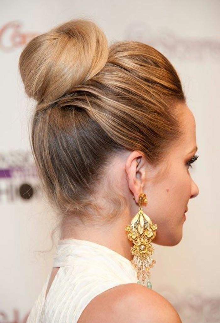 Le chignon bun - coiffure pour toute occasion à découvrir avec nos photos. - Archzine.fr