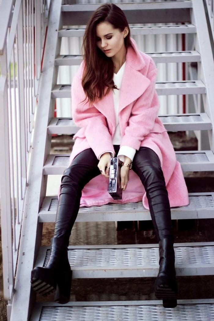 chouette-idée-manteau-rose-nouvelles-tendances-mode-hiver-2017-quoi-porter