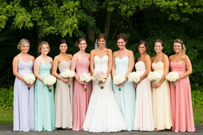 classique-robe-invité-mariage-tenue-classe-femme-demoiselles-d-honneur-robes-longues
