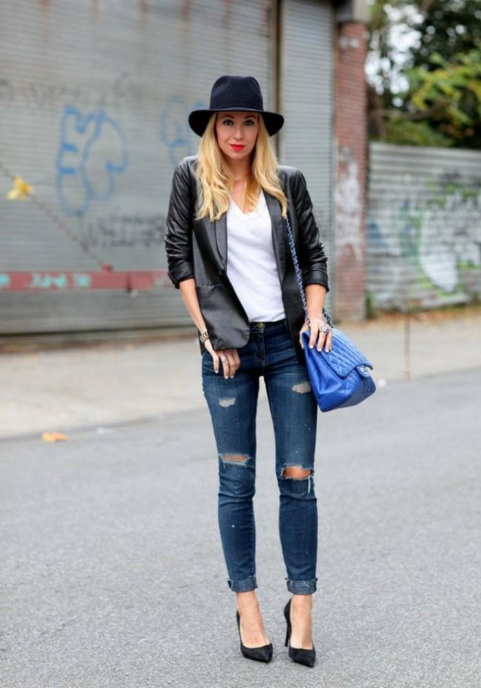 code-vestimentaire-paire-de-jeans-déchirés-veste-en-cuir-noir-chapeau-élégant