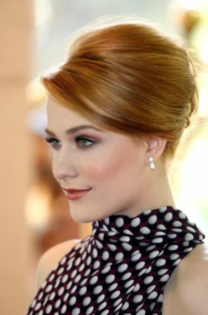 coiffure-banane-classique-coiffure-officielle-cheveux-roux