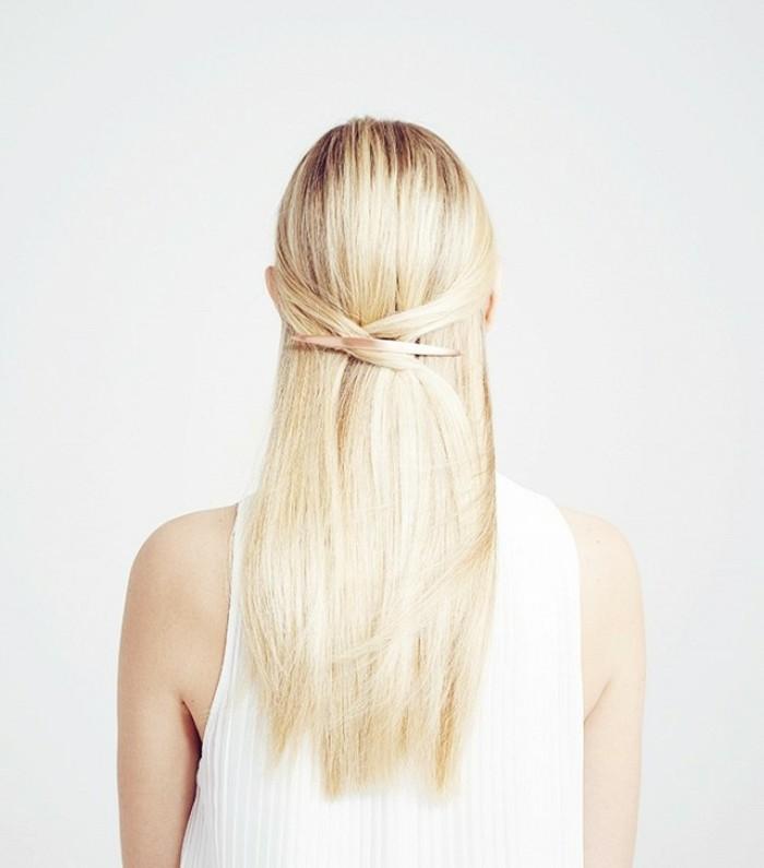 coiffure-chic-cheveux-longs-lisses-blond-nordique