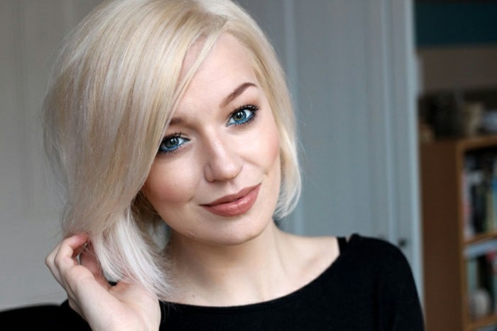 coiffure-chic-coupe-carré-tendance-coloration-blond-froid