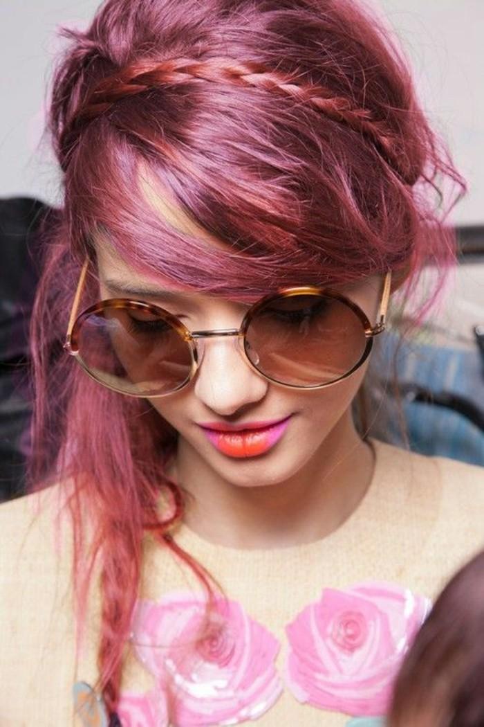 coiffure-romantique-tresse-cheveux-couleur-framboise