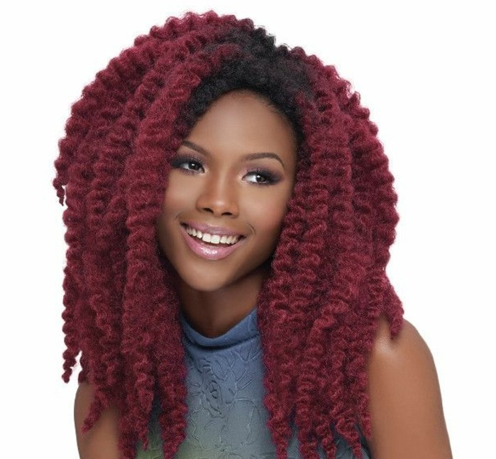 coiffure-tresse-africaine-cheveux-rouges-sourire-brillant-maquillage-rose
