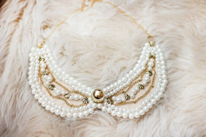 collier-col-claudine-avec-perles-bijoux-de-fantaisie