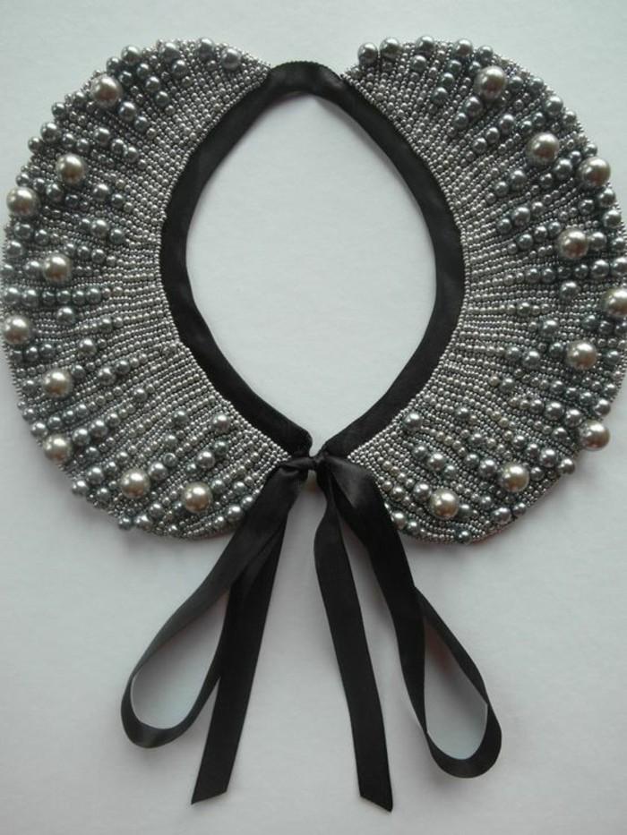 collier-col-claudine-avec-perles-et-noeud-satin-noir